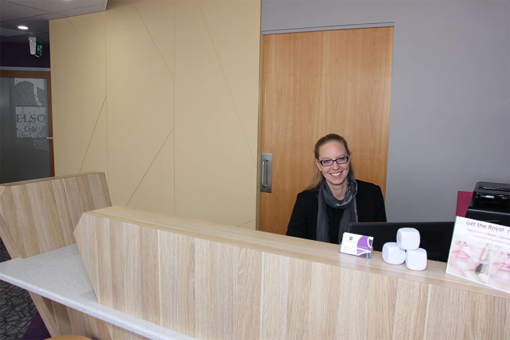 Manager- mendelsohn dental